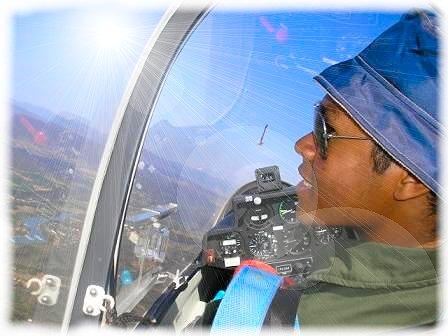 Eto indray dia ny pilote namako ao aoriana no naka sary ahy.